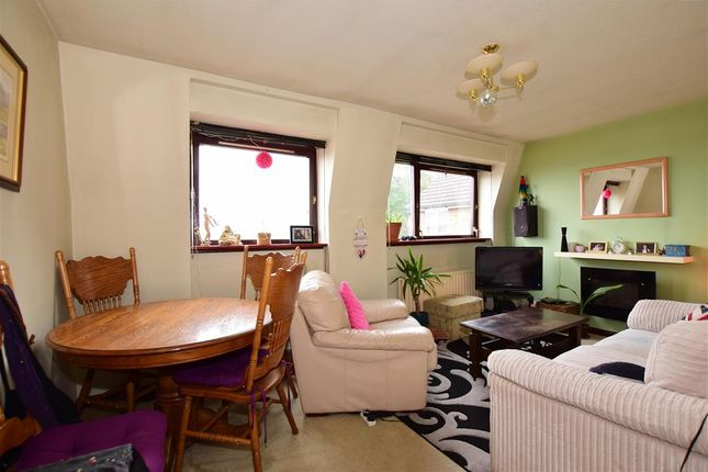 Flat for sale in Old Road, Chatham, Kent