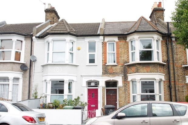 Thumbnail Property to rent in Darfield Road, Brockley