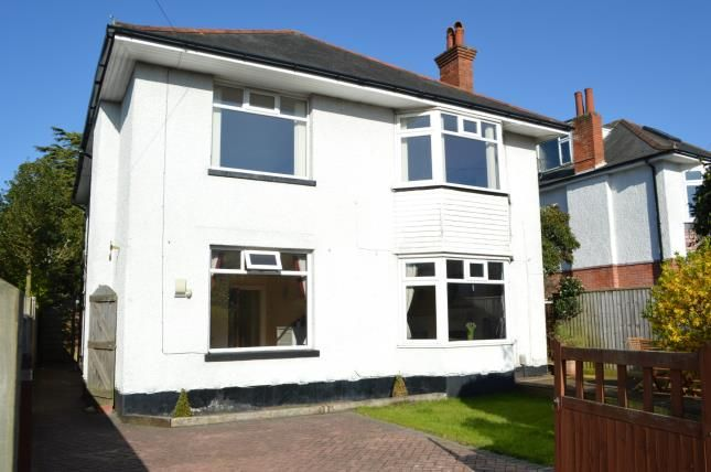 Thumbnail Flat for sale in Queens Park, Bournemouth, Dorset