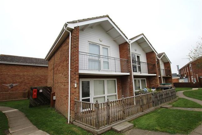 Thumbnail Property to rent in Point Cottages, Yarmouth Road, Corton, Lowestoft