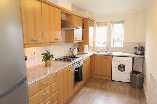 Thumbnail Flat to rent in Fielding Way, Morley, Leeds