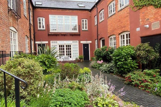 Thumbnail Flat to rent in 12 The Courtyard, Stoke Golding
