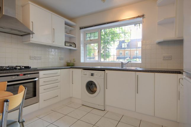 Kitchen of All Hallows Road, Caversham, Reading RG4