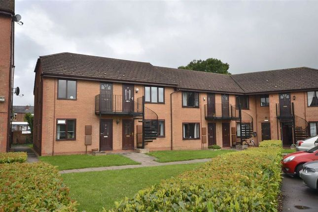 Thumbnail Flat for sale in Woodford Court, Gloucester