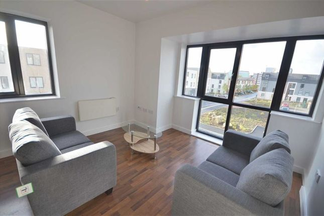 Thumbnail Flat to rent in Greenwood Terrace, Salford, Salford
