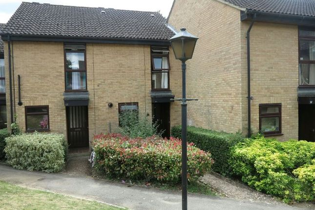 Thumbnail Terraced house to rent in Fleetham Gardens, Lower Earley