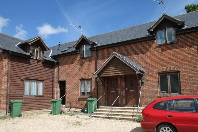 Thumbnail Property to rent in Carisbrooke High Street, Newport