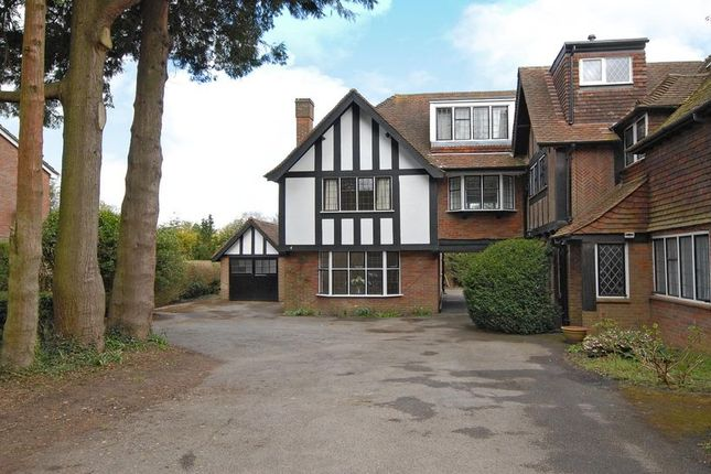 Thumbnail Link-detached house to rent in Chesham Road, Amersham