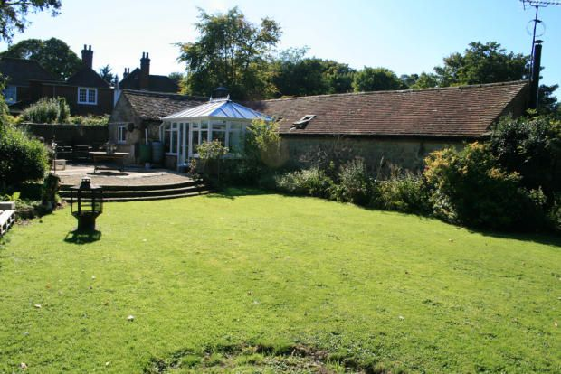Cottage to rent in Otterpool Lane, Lympne, Kent