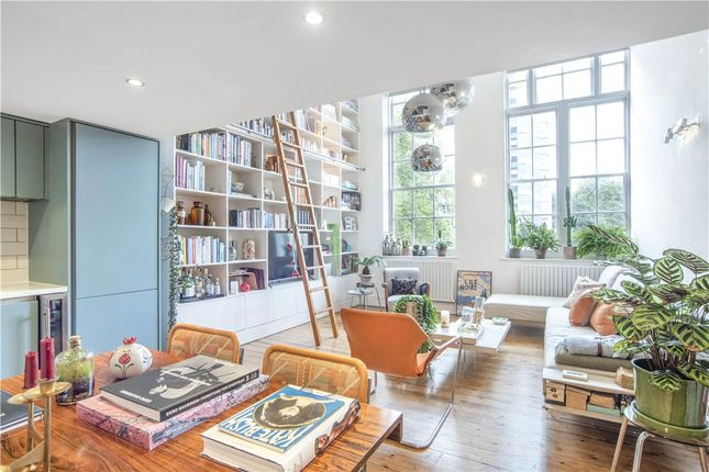 2 bed flat for sale in Chequer Street, London EC1Y