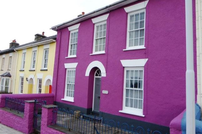 Thumbnail Flat to rent in Greenland Terrace, Aberaeron