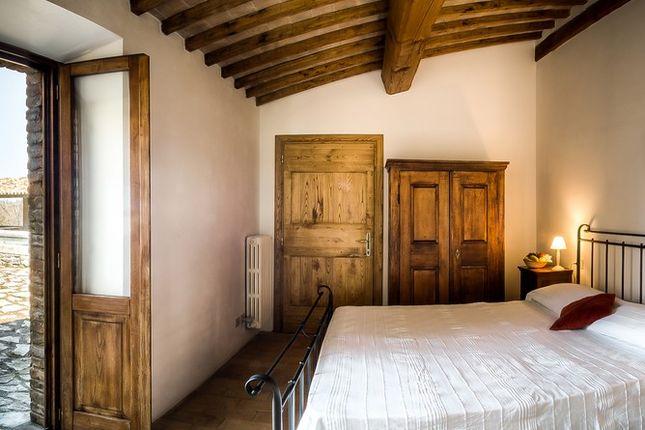 Bedroom 2 of Villa Pianesante, Collelungo, Todi, Umbria