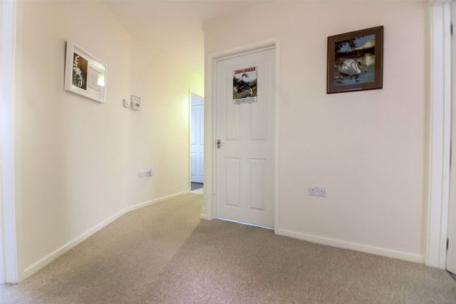 Picture No. 07 of Turvers Lane, Ramsey, Huntingdon, Cambridgeshire PE26