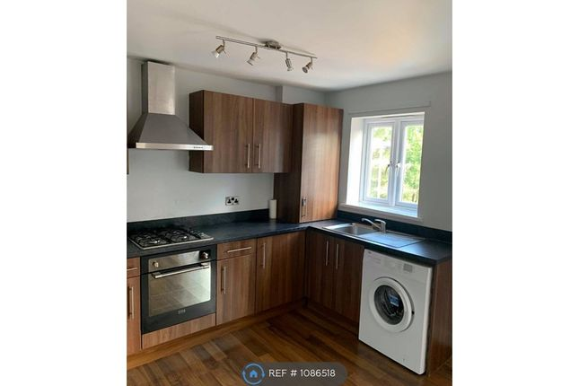 2 bed flat to rent in Griffiths Road, Sheffiled S35