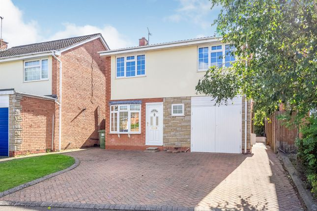 Thumbnail Detached house for sale in Kingland Drive, Leamington Spa
