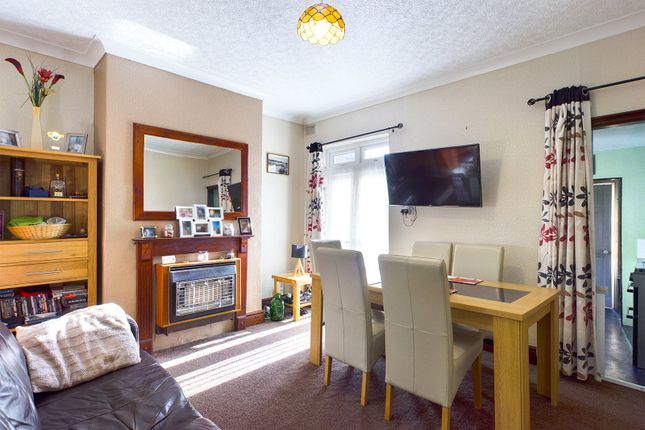 Dining Room of West Acridge, Barton-Upon-Humber, North Lincolnshire DN18