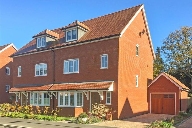 Thumbnail Semi-detached house for sale in Wood Croft, Billingshurst, West Sussex