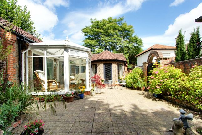 Thumbnail Bungalow for sale in High Meadows, Kirk Ella, Hull, East Riding Of Yorkshire