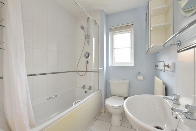Bathroom of Sherwood Place, Headington, Oxford OX3