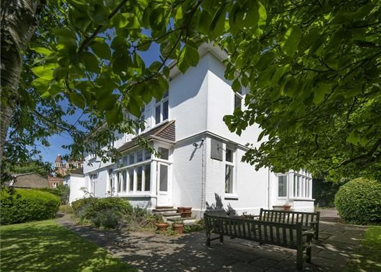 Thumbnail Detached house for sale in Frognal Gardens, London