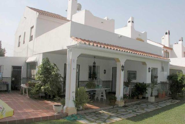 View Of Property of Spain, Málaga, Marbella, Nueva Andalucía