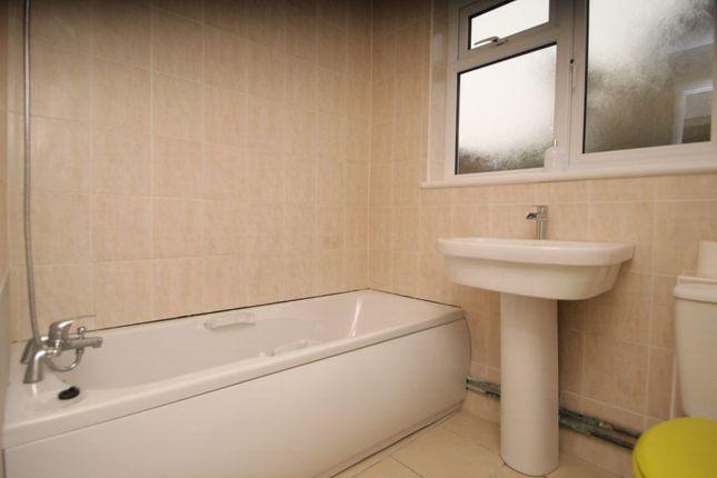 Bathroom 1 of Elm Road, Erith DA8