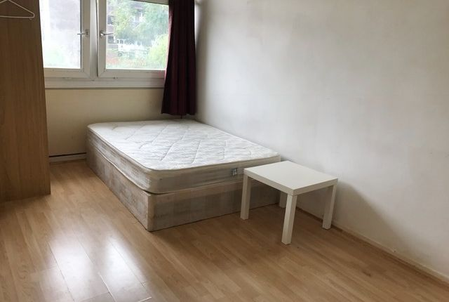 Thumbnail Shared accommodation to rent in Hanbury Street, Aldgate East/Brick Lane