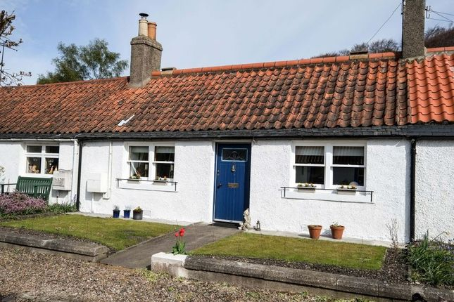 Thumbnail Cottage for sale in 42 Double Row, Charlestown, Dunfermline