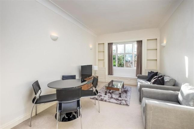 1 bed flat to rent in Park Road, London