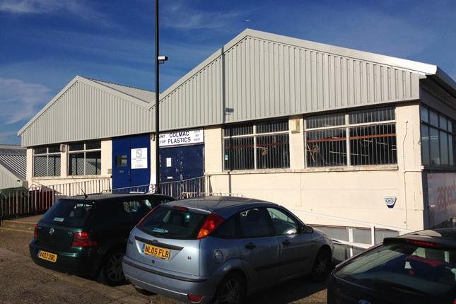 Thumbnail Light industrial to let in Unit C6U, Bounds Green Industrial Estate, Bounds Green Road, London