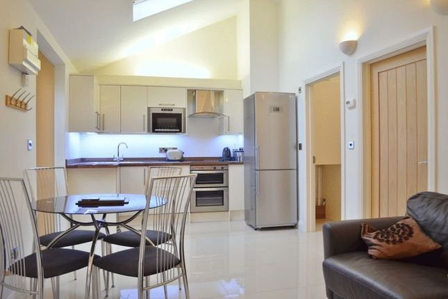 Thumbnail Flat to rent in Rose Hill, Oxford