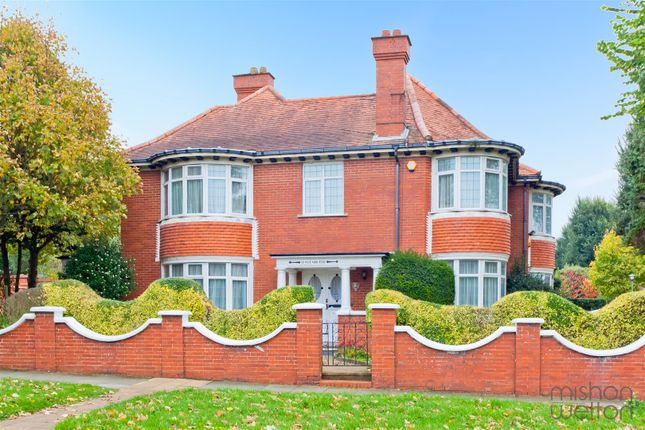 Thumbnail Detached house for sale in Hove Park Road, Hove
