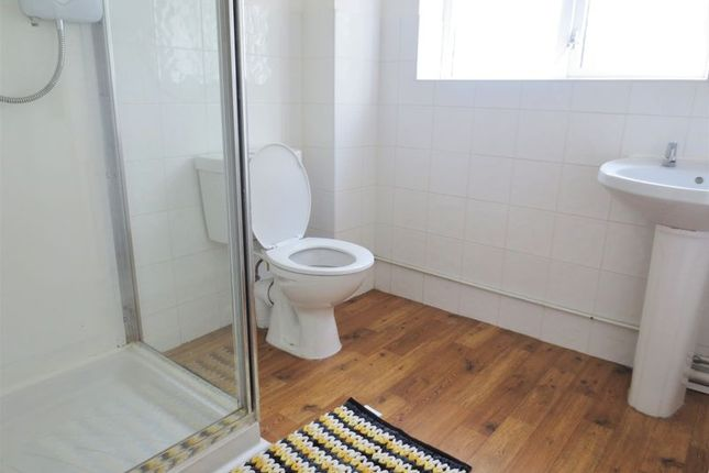 Shower Room of Auckland Drive, Brighton BN2