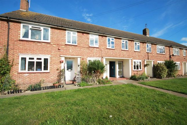 Thumbnail Flat to rent in Hartfield Road, Chessington