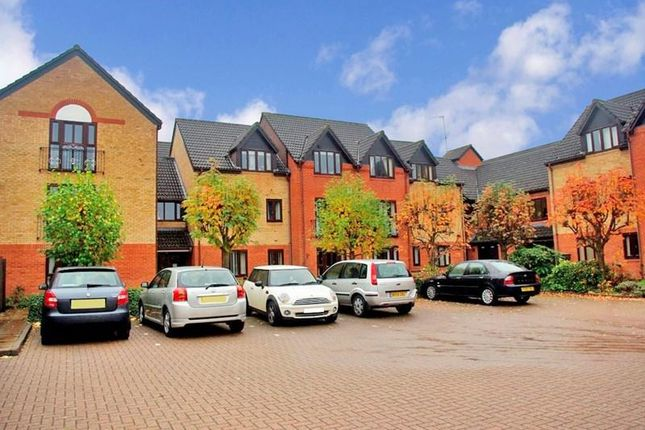 Thumbnail Property for sale in Woodfield Road, Kingfisher Court, Droitwich