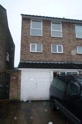 Thumbnail Semi-detached house to rent in Holly Road, Enfield