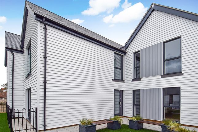 1 bed flat for sale in Cornwallis Circle, Whitstable CT5