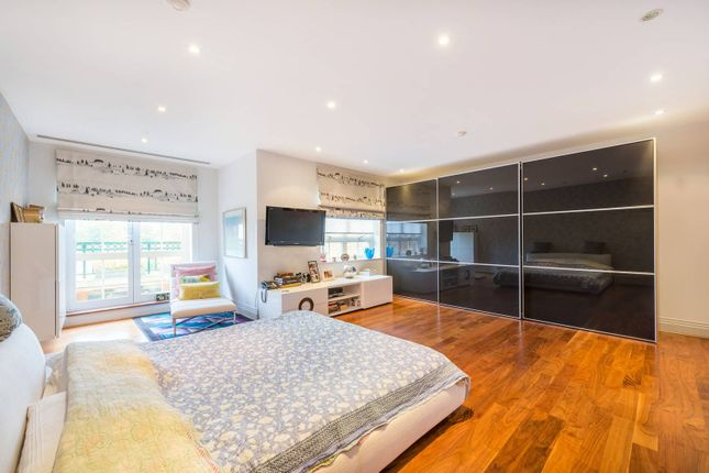 Thumbnail Flat for sale in Mountview Close, Golders Green, London