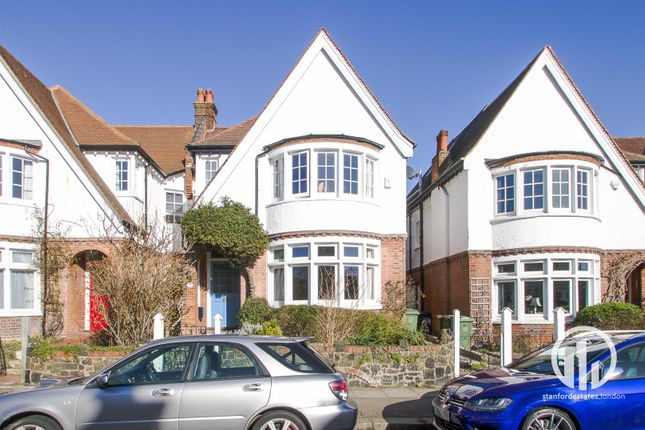Thumbnail Property for sale in Bishopsthorpe Road, London