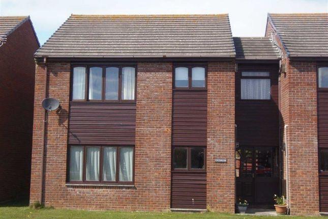 Thumbnail Flat to rent in 1, Ty Gwilym, Neptune Road, Tywyn, Gwynedd