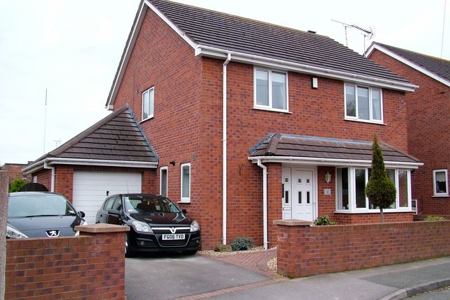Thumbnail Detached house for sale in King George Street, Shotton, Deeside