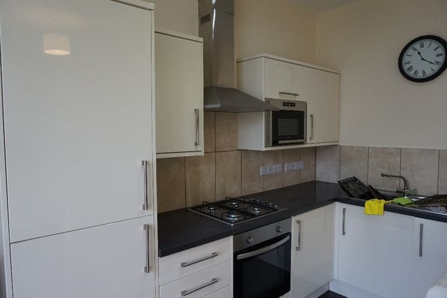 Thumbnail Flat to rent in Garden Crescent, West Hoe, Plymouth, Plymouth