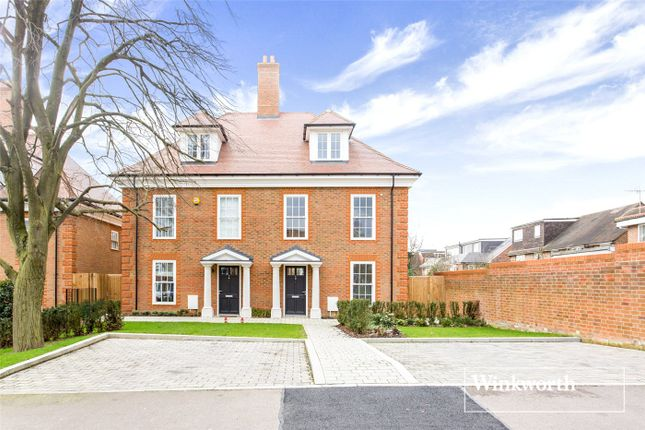 Thumbnail Semi-detached house for sale in Amberden Avenue, Finchley, London