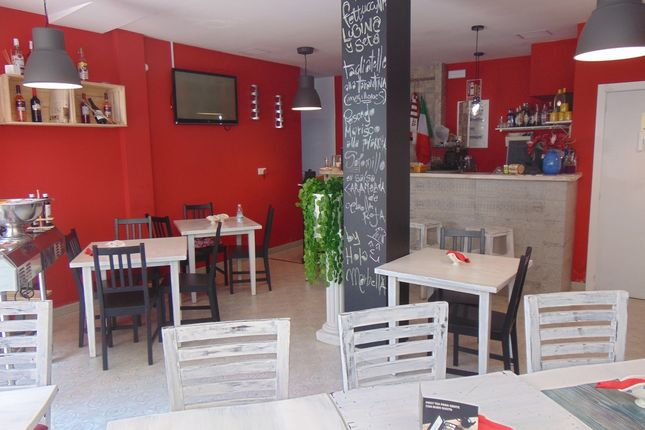 Thumbnail Restaurant/cafe for sale in Marbella, Málaga, Andalusia, Spain