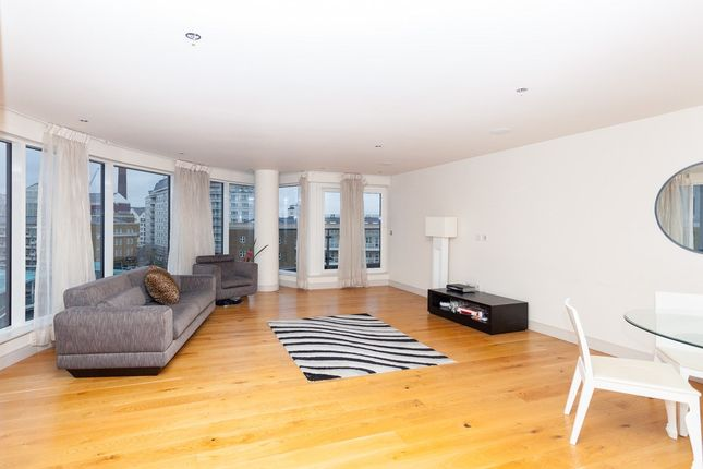 Thumbnail Flat for sale in Octavia House, Townmead Road, Fulham