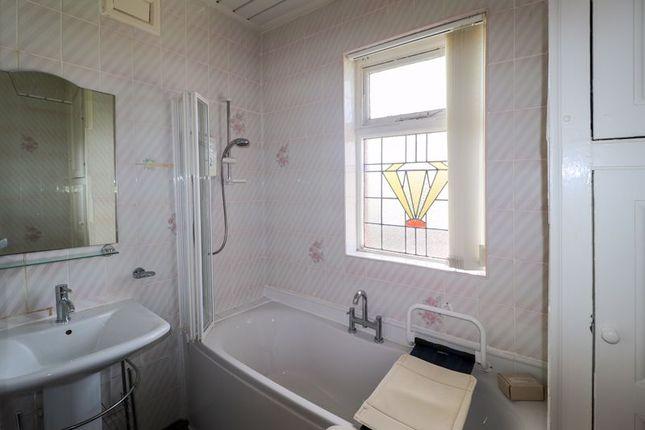 Bathroom of Cornwall Avenue, Bispham, Blackpool FY2