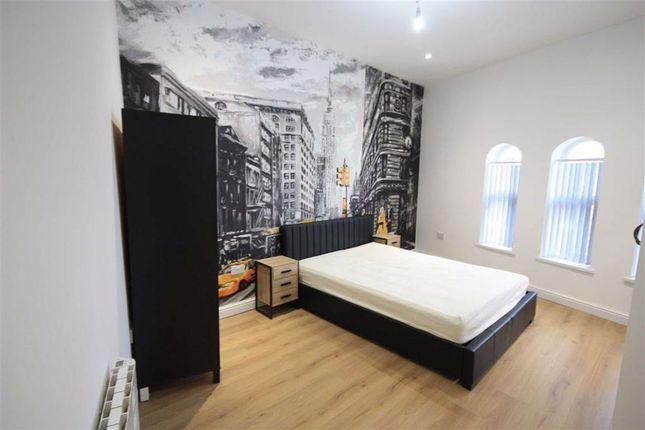 Thumbnail Flat to rent in Cork St, Ashton-Under-Lyne, Tameside