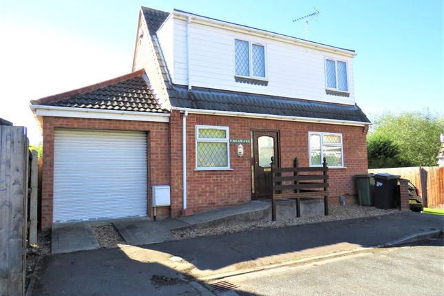 Thumbnail Detached house for sale in Fairmead Way, Peterborough