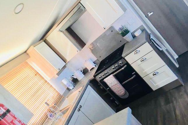 Kitchen of Tamarisk Way, Sandy Bay, Exmouth EX8