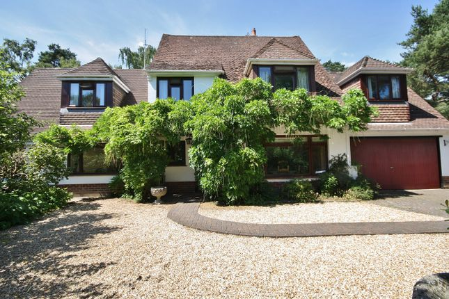 4 bed detached house for sale in Greenacres Close, Ashley, Ringwood